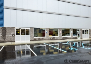 CubeSmart Self Storage - NY Plainview Fairchild Avenue - Photo 5