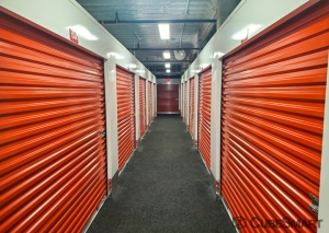 CubeSmart Self Storage - NY Plainview Fairchild Avenue - Photo 8