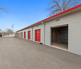 Image of Store Space Self Storage - #1019 Facility on 1359 Ohio Pike  in Amelia, OH - View 4