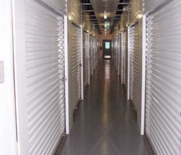 Image of Store Space Self Storage - #1027 Facility on 6470 Wyoming Avenue  in Dearborn, MI - View 3