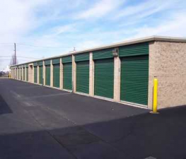 Image of Store Space Self Storage - #1027 Facility on 6470 Wyoming Avenue  in Dearborn, MI - View 4