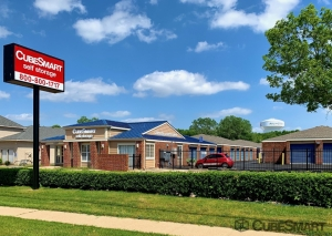 Image of CubeSmart Self Storage - TX Arlington S Cooper Street Facility at 3057 South Cooper Street  Arlington, TX