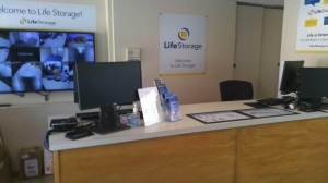 Life Storage - San Jose - 1855 Las Plumas Avenue - Photo 5
