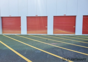 CubeSmart Self Storage - NJ Hackensack S River Street - Photo 4