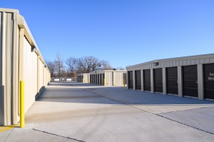 Self Storage in Catoosa - Photo 4