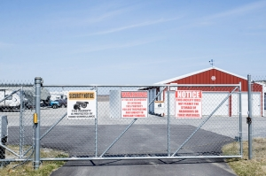 Image of Merrillville Self Storage Facility on 3950 W 73rd Ave  in Merrillville, IN - View 4