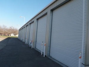 Exeter Rv Storage - Photo 4