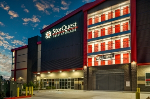Image of StorQuest - Bothell / Everett Facility on 21008 Bothell Everett Highway  in Bothell, WA - View 3