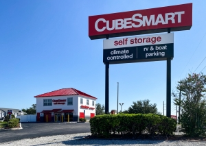 CubeSmart Self Storage - FL Spring Hill Commercial Way - Photo 1