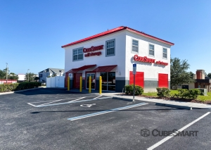 CubeSmart Self Storage - FL Spring Hill Commercial Way - Photo 2