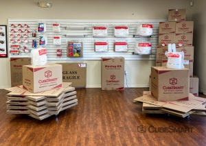 CubeSmart Self Storage - FL Spring Hill Commercial Way - Photo 6