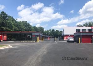 Image of CubeSmart Self Storage - SC Charleston Marginal Road Facility on 3180 Marginal Road  in Charleston, SC - View 3