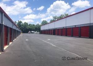 CubeSmart Self Storage - SC Charleston Marginal Road - Photo 6
