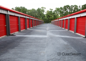 Image of CubeSmart Self Storage - SC Summerville Miles Jamison Rd Facility on 619 Miles Jamison Road  in Summerville, SC - View 4