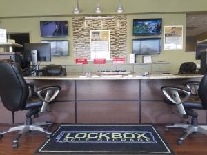 Image of Winston Salem Lockbox, LLC Facility at 401 Jonestown Road  Winston Salem, NC
