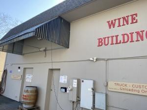 Image of Self Storage Emporium Facility on 1023 Magnolia Avenue  in Larkspur, CA - View 2