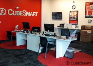 CubeSmart Self Storage - NY Syracuse Erie Blvd - Photo 3