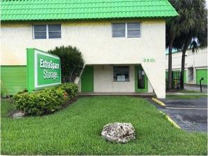 Image of Extra Space Storage - Fort Lauderdale - Sunrise Blvd Facility at 3901 West Sunrise Boulevard  Fort Lauderdale, FL