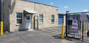 Image of A Mini Storage of Texas Facility on 2381 East Highway 71  in Del Valle, TX - View 2