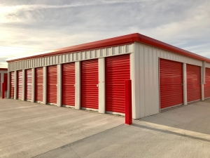 Image of Big Red Self Storage - 84th & Yankee Woods Facility on 8233 Yankee Woods Drive  in Lincoln, NE - View 2