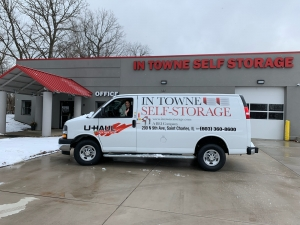 Image of In Towne Self -Storage Facility on 200 North 9th Avenue  in St. Charles, IL - View 3