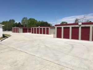 Image of Warrenton Self Storage Facility on 1209 North Service Road East  in Warrenton, MO - View 3