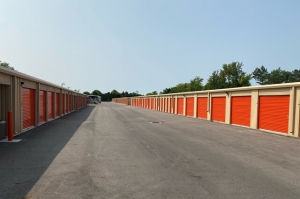 Image of Public Storage - Powell - 72 Industrial Park Pl Facility on 72 Industrial Park Pl  in Powell, OH - View 2
