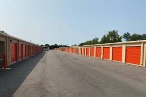 Public Storage - Powell - 72 Industrial Park Pl - Photo 2