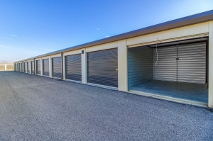 Storage Sense - Bowling Green - Searcy Way - Photo 5
