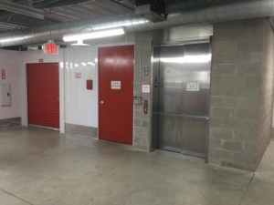 Image of Life Storage - Carrollton - 2515 East Rosemeade Parkway Facility on 2515 East Rosemeade Parkway  in Carrollton, TX - View 3
