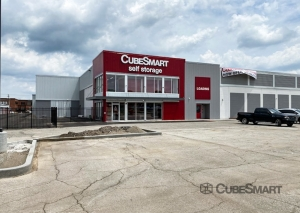 CubeSmart Self Storage - IN Hammond Columbia Ave - Photo 2