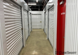 CubeSmart Self Storage - IN Hammond Columbia Ave - Photo 13