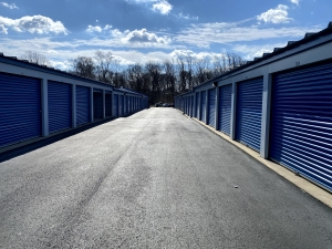 Image of Sterling Storage - 707 Warwick Road, Hi Nella, NJ 08083 Facility on 707 Warwick Road  in Hi-nella, NJ - View 2