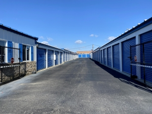 Image of Sterling Storage - 707 Warwick Road, Hi Nella, NJ 08083 Facility at 707 Warwick Road  Hi-nella, NJ