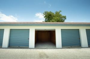 Guard Space Storage - Leesburg - Photo 6