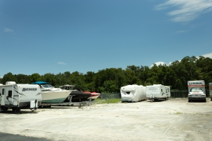 Guard Space Storage - Leesburg - Photo 8