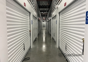CubeSmart Self Storage - FL Orlando Conroy Storage Lane - Photo 3