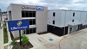 Image of Life Storage - San Antonio - 4618 San Pedro Avenue Facility on 4618 San Pedro Avenue  in San Antonio, TX - View 2