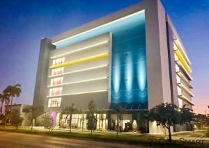 CubeSmart Self Storage - FL Miami NW 27th Ave - Photo 2