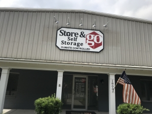Store & Go Self Storage - 1800 Boundary Street - Photo 2