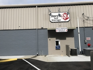 Store & Go Self Storage - 1800 Boundary Street - Photo 3