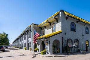 Image of Storage King USA - 045 - Denver, CO - S. Huron St Facility at 1155 South Huron Street  Denver, CO