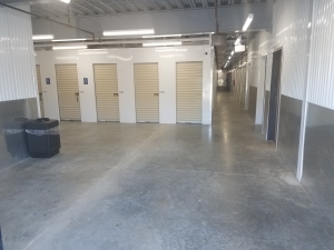 Blue Sky Self Storage-Conroe - Photo 3