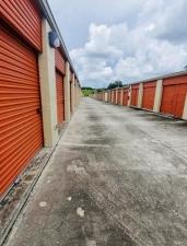 Image of Mini-Maxi Storage Facility on 8891 North Florida Avenue  in Tampa, FL - View 2