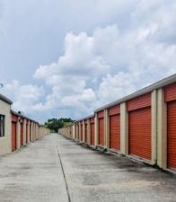 Image of Mini-Maxi Storage Facility on 8891 North Florida Avenue  in Tampa, FL - View 3