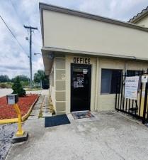 Image of Mini-Maxi Storage Facility on 8891 North Florida Avenue  in Tampa, FL - View 4