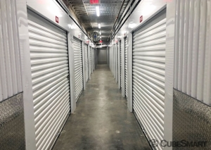 CubeSmart Self Storage - CT New London N Frontage RD - Photo 6