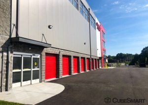 CubeSmart Self Storage - CT New London N Frontage RD - Photo 10