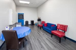 Image of UC Storage Facility on 4700 Jonesboro Road  in Union City, GA - View 2
