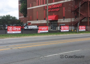 Image of CubeSmart Self Storage - KY Louisville South 7th Street Facility on 2620 South 7th Street  in Louisville, KY - View 2